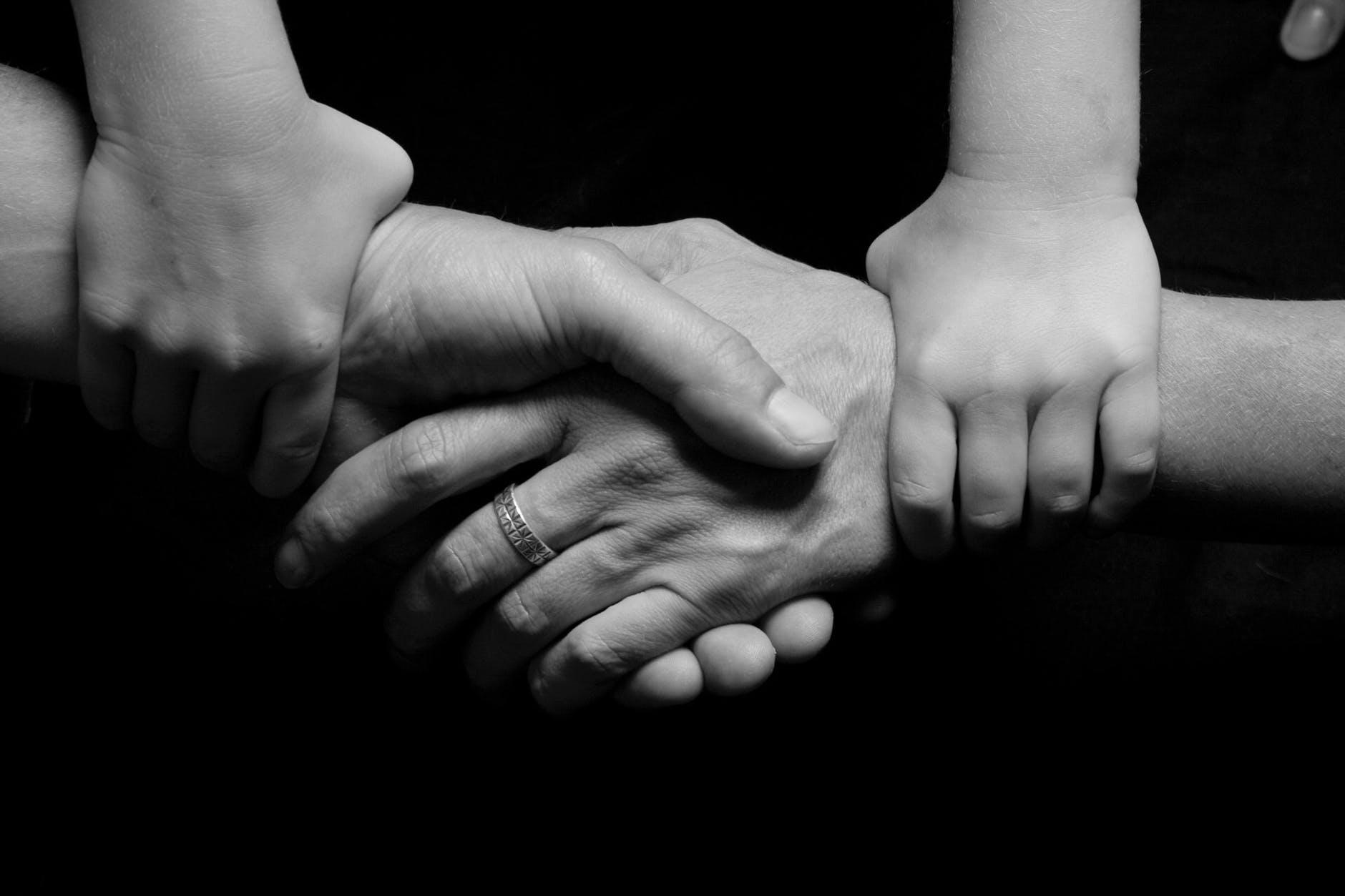 Rodzina potrzebująca pomocy psychologa rodzinnego w Warszawie