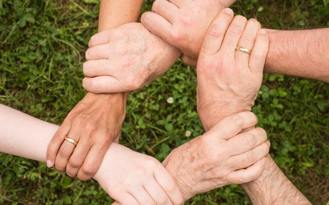 Terapia systemowa wzmacnia ludzkie relacje.